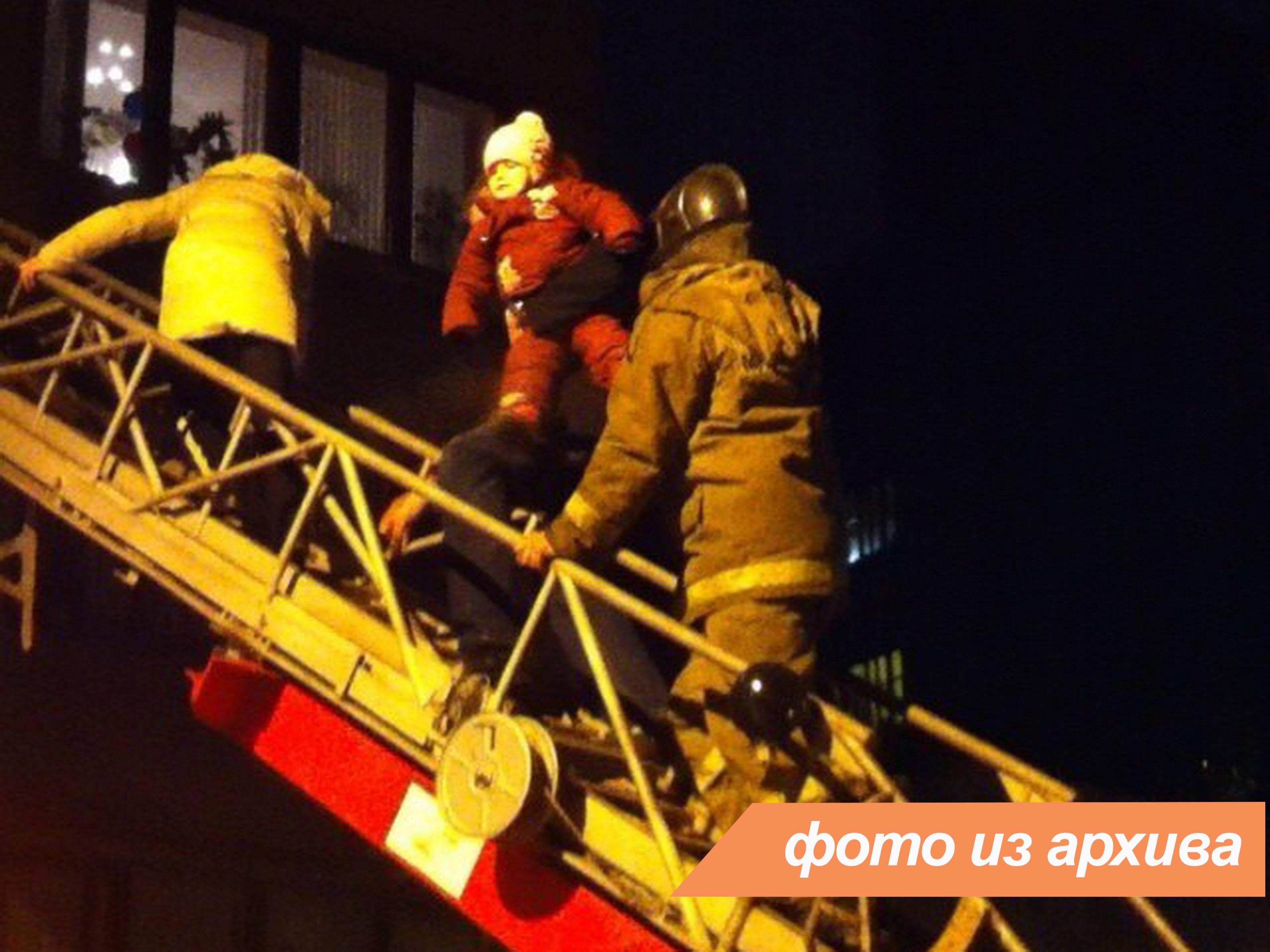 Пожарно-спасательное подразделение ликвидировало пожар в городе Сосновый Бор