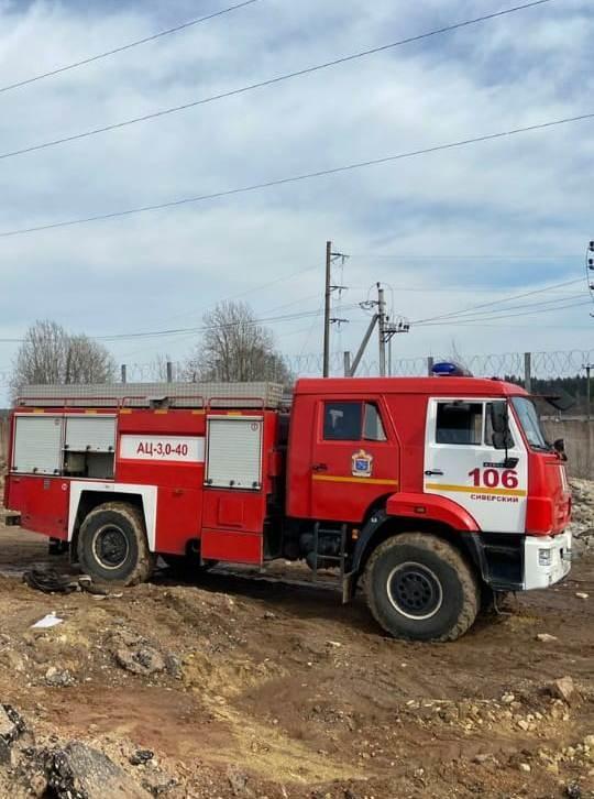 Пожарно-спасательные подразделения Ленинградской области ликвидировали открытое горение в Гатчинском районе