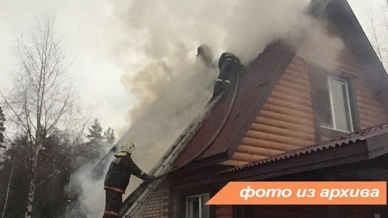 Пожарно-спасательное подразделение ликвидировало пожар в Волховском районе