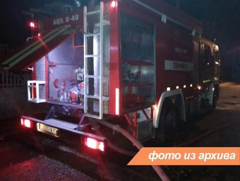 Пожарно-спасательное подразделение Ленинградской области ликвидировали пожар в Сланцевском районе
